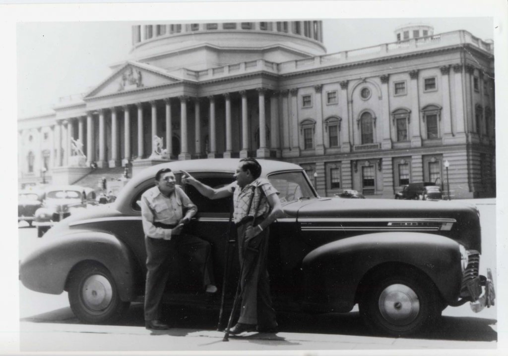 ben minowitz on capitol hill black white photograph disability america